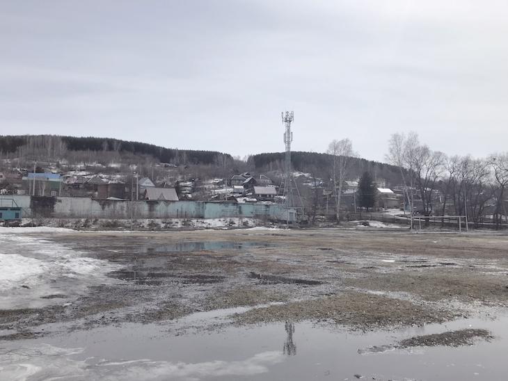 Футбольное поле в Калтане на родине Александра Головина