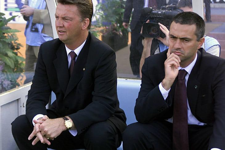 Дебют Хави и Пуйоль за основу «Барселоны» состоялся ровно 21 год назад. По решению Моуриньо
