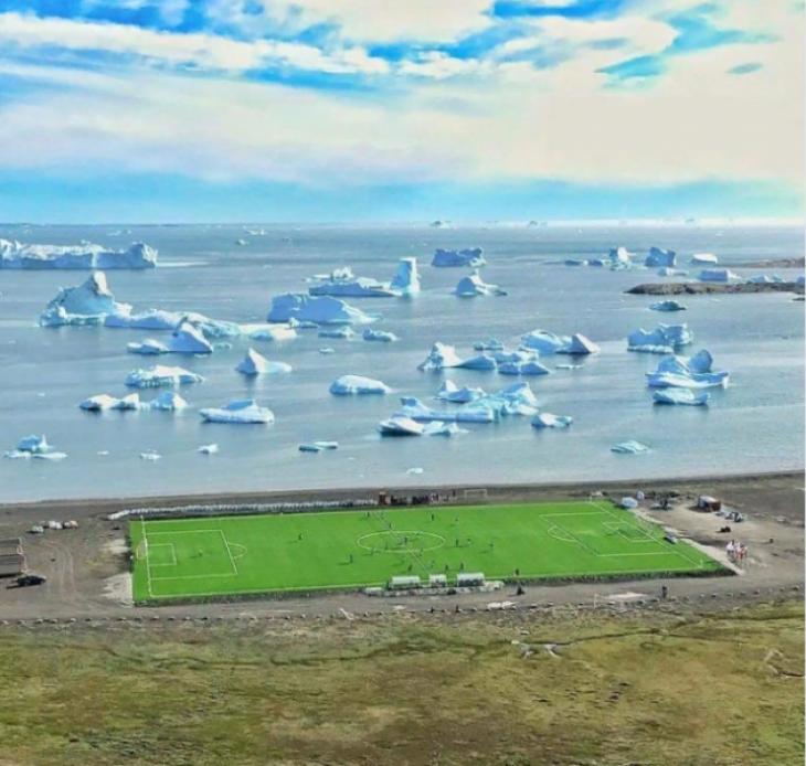 Остров Гренландия футбол