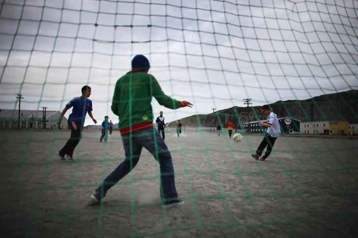 Как играют в футбол в Гренландии