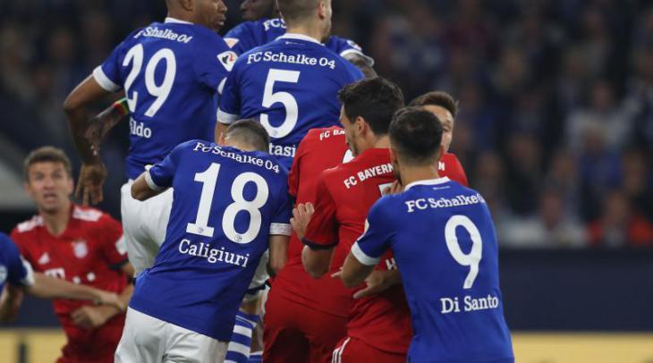 Шальке - Бавария травма Маккени, гол Хамеса Бундеслига
